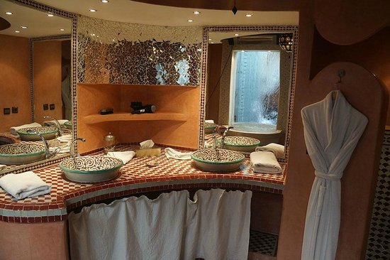 Riad Misria & SPA : Bathroom
