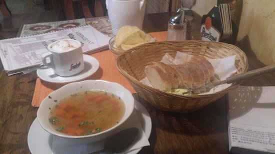 Mystic Cafe : Chips behind the basket of bread charges you 45 koruna.