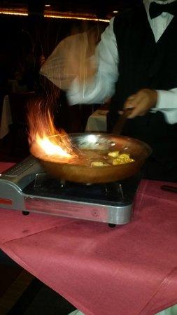 Marco Polo Restaurant LLC: Banana and icecream dessert...yummy