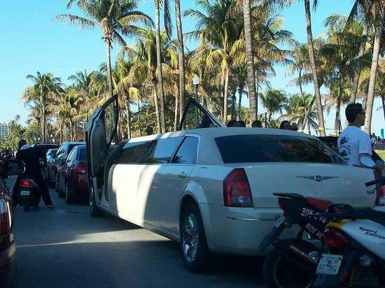 Sunday at Ocean Drive