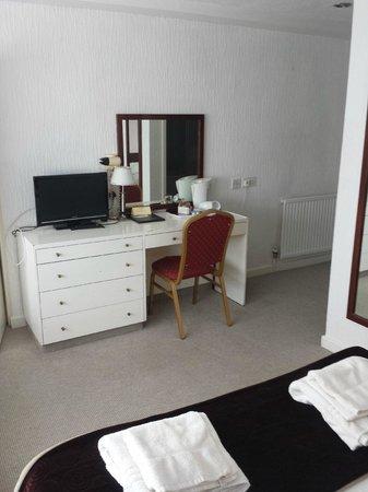 The Cedars Hotel & Restaurant: Bedroom