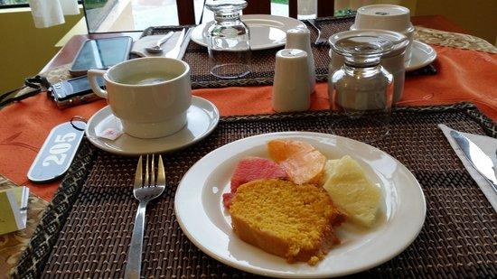 Hotel Torre Dorada: Breakfast