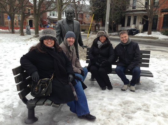 "Toronto Urban Adventures: Statue of Al Waxman ""King of Kensington"" in Bellevue Square Park"