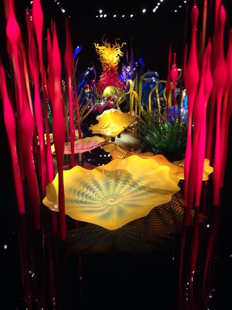 Jardín y cristal Chihuly: Interestingly beautiful