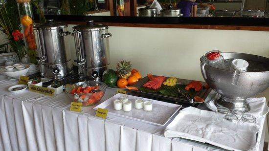 Bougainvillier Hotel: Breakfast