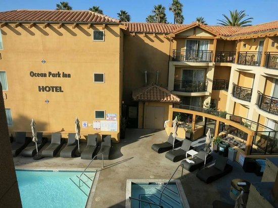Ocean Park Inn: オーシャンフロントの3階