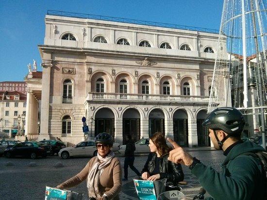 Lisbon Bike Tour: In the city