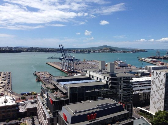 Auckland Harbour Oaks: View of Rangitoto Island and the Harbor from hotel.