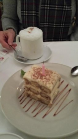Bellissimo Restaurant : Tiramisu and Cappuccino