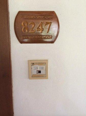 Nexus Resort & Spa Karambunai: Door Bell that is not working