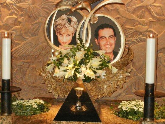 Harrods: Tribute To Princess Diana and Dodi