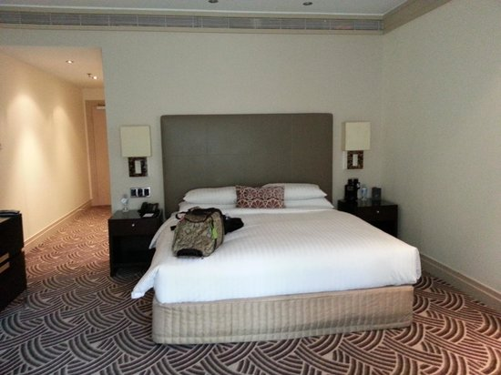 Hyatt Hotel Canberra : 'Park Deluxe' room