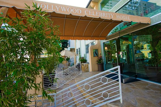 Hollywood Celebrity Hotel: Hotel entrance