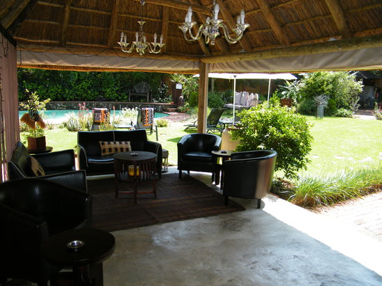 Sitatunga Guest Lodge: lounge 1