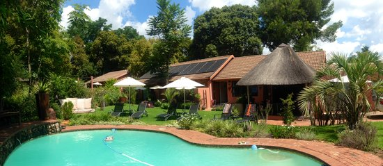 Sitatunga Guest Lodge & Transfers: pool