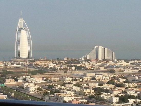 Sheraton Dubai Mall of the Emirates Hotel: View of Burj Al Arab and the Jumeira Beach Hotels