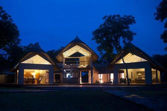 Elephant's Eye, Hwange: Hotel Grounds