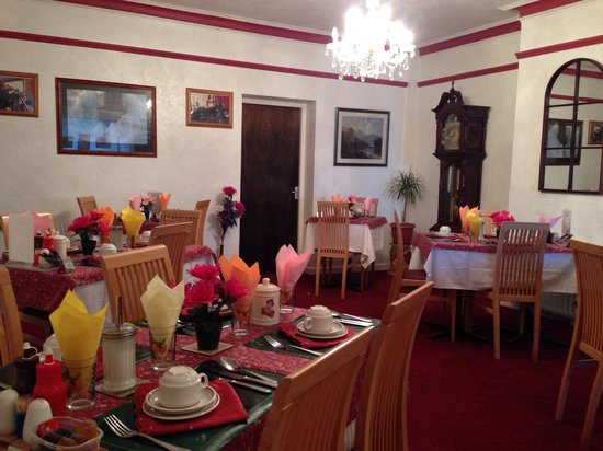 The Regis Lodge B&B: Dining Room
