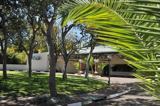 Cresta Lodge Harare: Luscious gardens