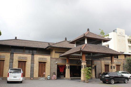 Risata Bali Resort & Spa : Hotel front