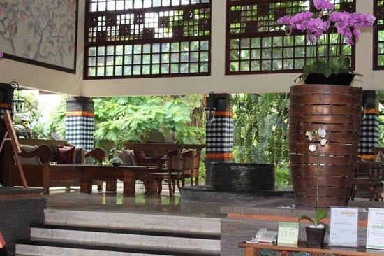Risata Bali Resort & Spa : Hotel Lobby