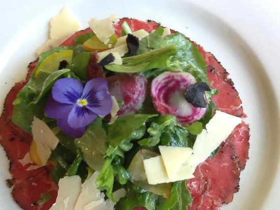 Boston Brewing Co. & Willoughby Park Winery: Beautiful Beef  Carpaccio
