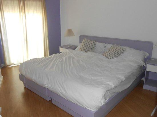 Casa Azul Sagres - Rooms & Apartments : camera