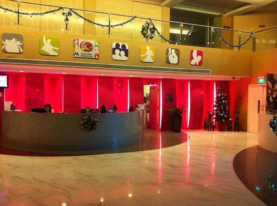 Hotel Re!: Lobby
