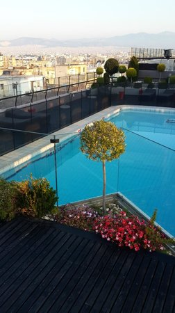 Novotel Athenes: Rooftop swimming-pool