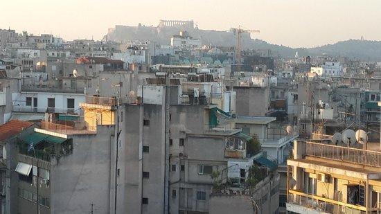Novotel Athenes: The city & the Acropolis