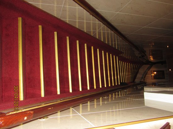 Hotel Nadia: Лестница