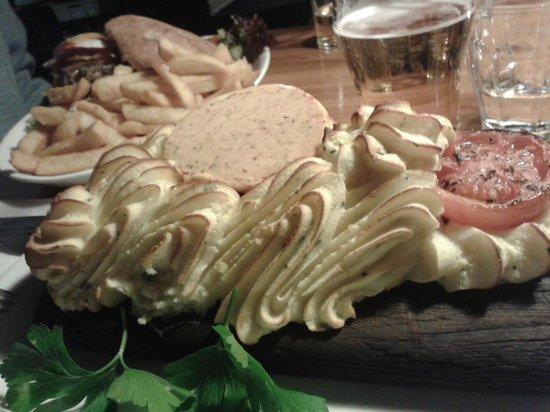 Restaurant Puk: Filetto nascosto sotto il purea