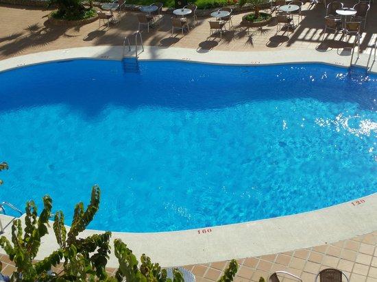 Hotel Villa Flamenca: pool from room