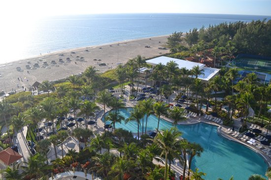 Fort Lauderdale Marriott Harbor Beach Resort & Spa : View from our room