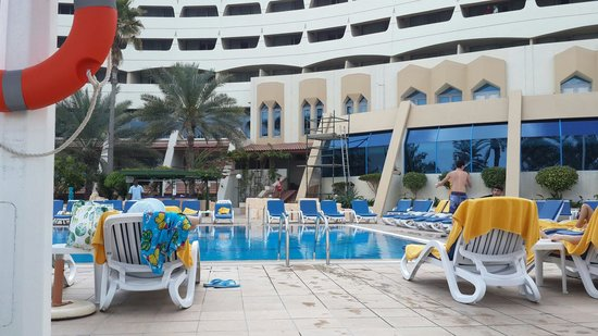 Grand Hotel Sharjah : Классное место, прям на берегу залива!