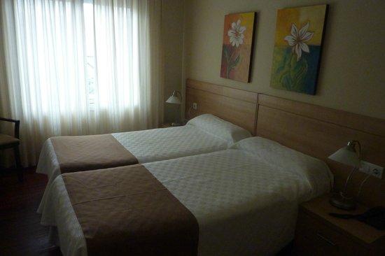 Dabarca Hotel Apartamentos: quarto twin