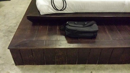 BanThai Village : Be careful - safety first with this bed