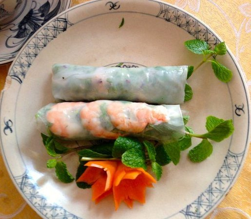 Pineapple Restaurant: really fresh spring rolls