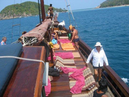 Chantara, Junk Boat: Auf dem Vorderdeck