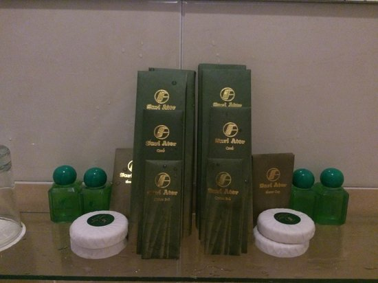Sari Ater Hotel: Toiletries