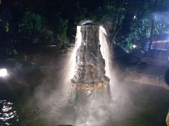 Sari Ater Hotel: Hot Spring Fountain