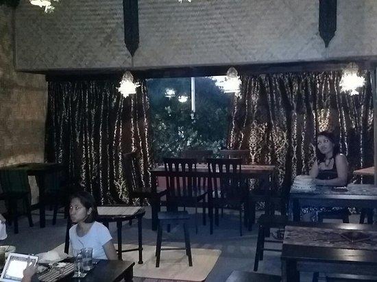 Borneo Backyard: Inside
