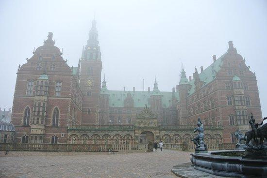 Frederiksborg Castle: La facciata