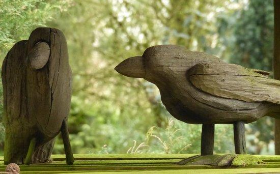 The Gibberd Garden: bird table