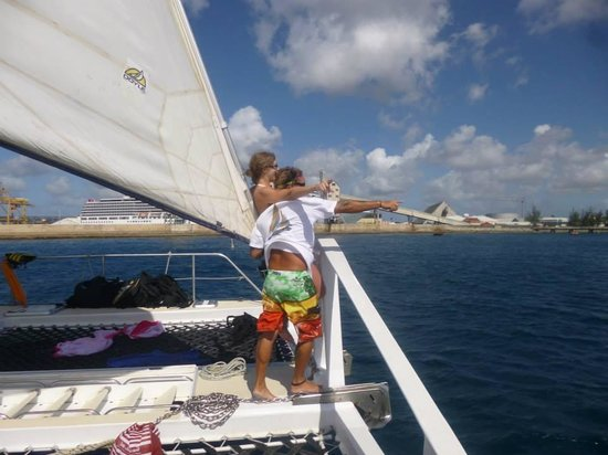 Cool Runnings Catamaran Cruises: Sharon & Raymond