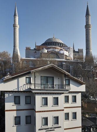 Boutique Saint Sophia Hotel: Exterior building of the hotel & Hagia Sophia