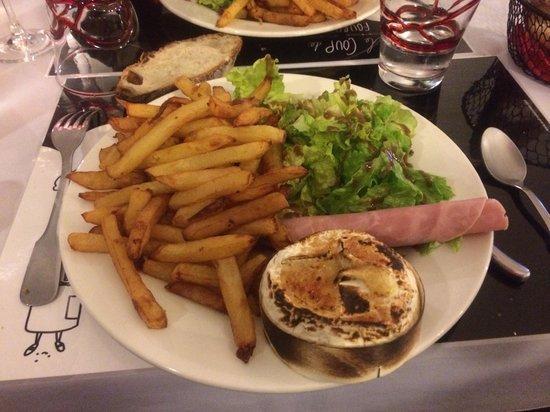 Le Coup de Fourchette: Camembert rôti , frites maisons! Miam