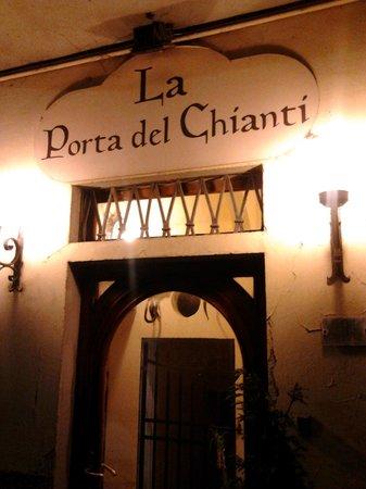 Osteria La Porta del Chianti: ..l'ingresso..
