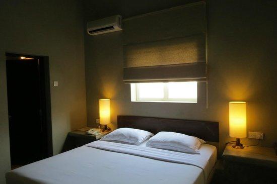 Taru Villas - Lake Lodge : our room