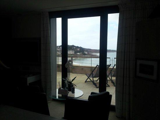 L'Agapa Hotel SPA Nuxe : Vue de la plage depuis la chambre